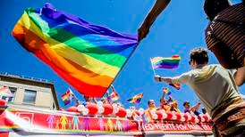 Hvorfor i alle dager stjeler folk Pride-flagg?