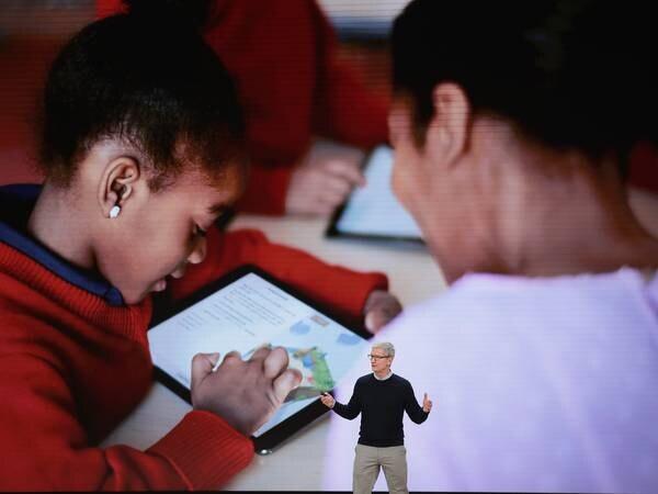 Kunstig intelligens er en gyllen mulighet for skolen. Men debatten må flyttes.