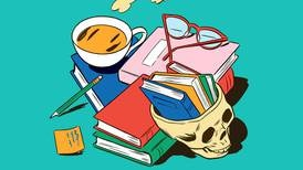 Bøker er verktøy til å tenke med, og nå trenger vi dem mer enn på lenge, skriver Bernhard Ellefsen.