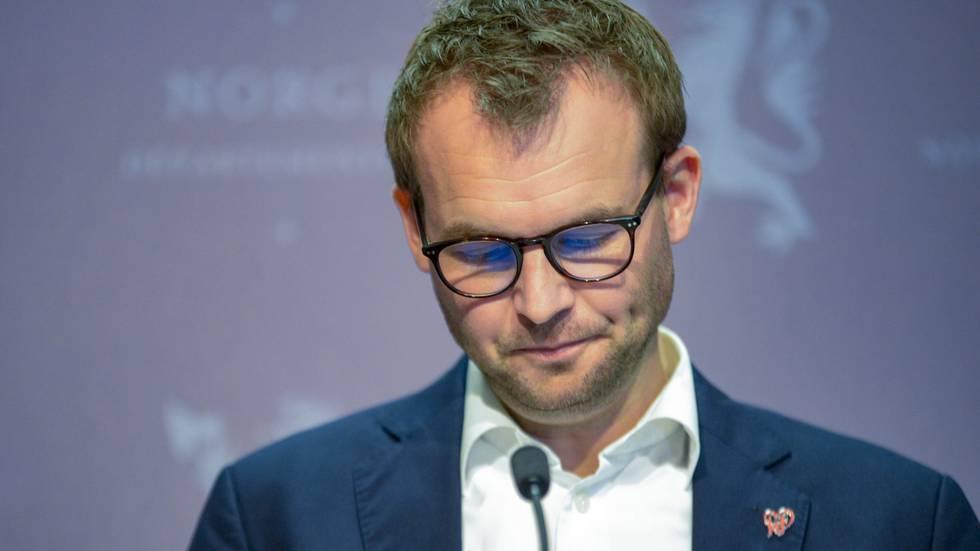Kjell Ingolf Ropstad ble blind for egne privilegier. Nye systemer bør få politikerne ut av boblen, skriver Aslak Bonde.