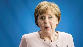 Angela Merkel ler minst én gang om dagen - er det nok?