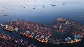 Vestens shoppingmani gir trafikkork til havs
