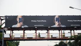 Debatt om overvåkning kaster skygger over Apples lansering, skriver Martin Gedde-Dahl