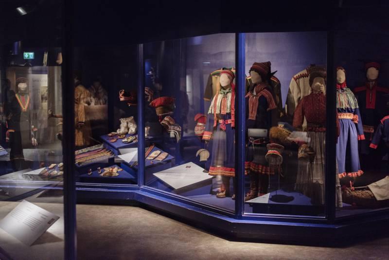 Mindre samling: Sameutstillingen til Norsk folkemuseum må omorganiseres når gjenstandene sendes tilbake. Museet må blant annet gi fra seg drakter.