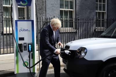 Her behøves voksne politikere. Har Boris Johnson det i seg?