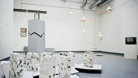 Debatten om antirasistisk policy ved Konstfack viser hvordan kunsten tilpasser seg eksisterende former for dominans