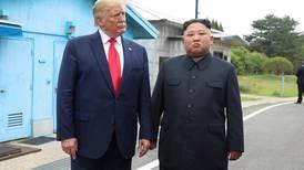 Trumps teater under atomskyen
