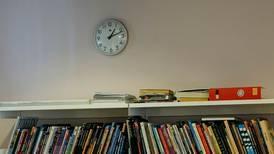 Lærerens angst ved bokhyllen